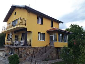 Guest House Nadejda photos Exterior
