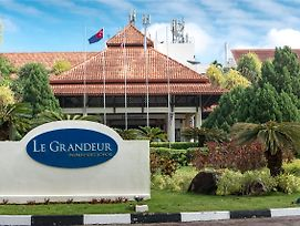 Le Grandeur Palm Resort Johor photos Exterior