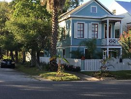 Cozy Historic Home In The Heart Of Galveston photos Exterior
