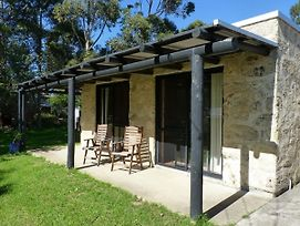 Happy Dogs Cottage Margaret River photos Exterior