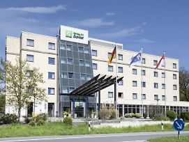 Holiday Inn Express Frankfurt Airport photos Exterior
