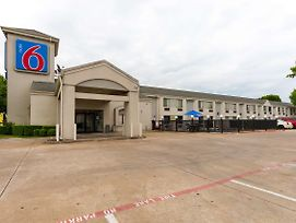 Motel 6 Dallas Northeast photos Exterior