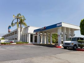 Motel 6 Claremont Ca photos Exterior