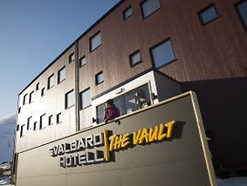 Svalbard Hotell The Vault photos Exterior