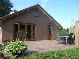 Detached Bungalow With Fantastic Views In The Betuwe photos Exterior