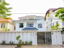 The Luxury White Villa In Vung Tau photos Exterior