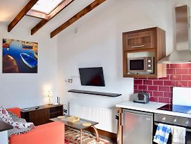 Studio Apartment In Dublin photos Exterior