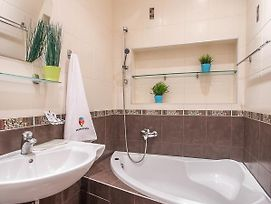 Lovely Apartment On French Boulevard 5 Minutes From The Sea photos Exterior