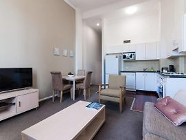 Charming Apartment Minutes To Darling Harbour photos Exterior