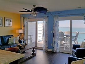 Put-In-Bay Waterfront Condo #207 photos Exterior