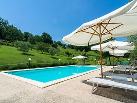 Chic Farmhouse In Fratticiola Selvatica Italy With Hill View photos Exterior