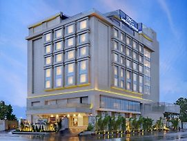 Golden Sarovar Portico photos Exterior