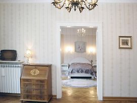 Old Times Warsaw 2 Bedroom Large 96M2 Wisitwarsaw Apartments photos Exterior