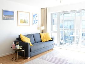 Modern 1 Bedroom In Bow With Sunny Balcony photos Exterior