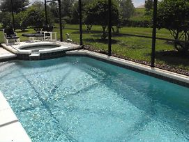 4 Bedroom Florida Vacation Pool Home With Spa photos Exterior