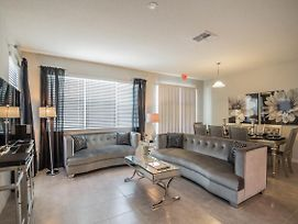 Glamorous 4 Bedroom 3.5 Bath End Unit Town Home Located In Compass Bay photos Exterior