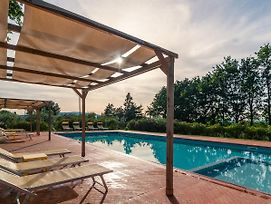 Welcoming Mansion With Swimming Pool Intuscany photos Exterior