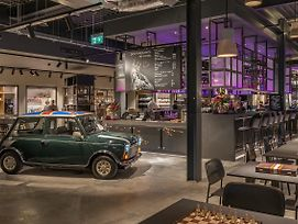 Moxy London Heathrow Airport photos Exterior