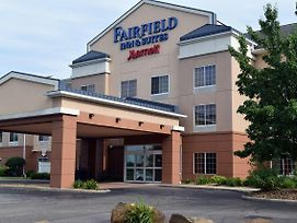 Fairfield Inn And Suites By Marriott Youngstown Austintown photos Exterior