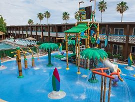 Westgate Cocoa Beach Resort photos Exterior