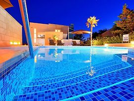 Family Friendly Apartments With A Swimming Pool Novalja 14275 photos Exterior