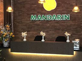 Mandarin photos Exterior