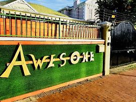 Awesome Backpackers photos Exterior