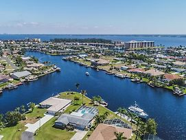 All About The Dolphins, Cape Coral photos Exterior