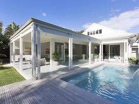 Coonanga Beach House photos Exterior