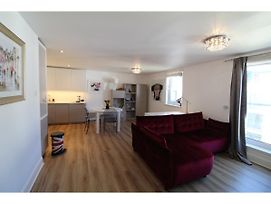 Stylish Modern 1Br Flat For 4 In Shore Side Leith photos Exterior
