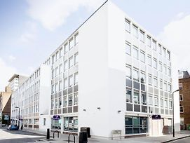 Premier Inn London Holborn photos Exterior