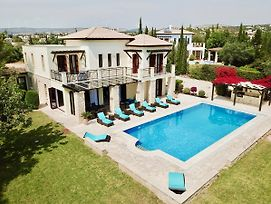 4 Bedroom Villa Galinios With Large Private Pool Aphrodite Hills Resort photos Exterior