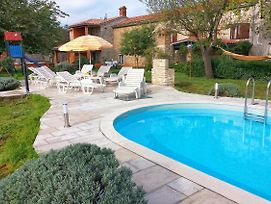 Family Friendly House With A Swimming Pool Guran 7373 photos Exterior