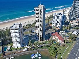 Capricorn One Beachside Holiday Apartments photos Exterior