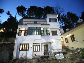Oyo 12307 Home Cozy 2Bhk Parwanoo Kasauli photos Exterior