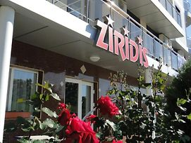 Ziridis photos Exterior