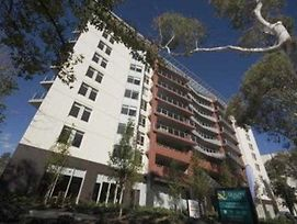 Clifton Suites On Northbourne photos Exterior