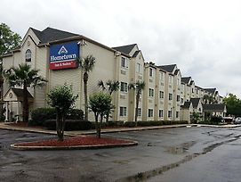 Hometown Inn & Suites Jacksonville - Butler Blvd./Southpoint photos Exterior