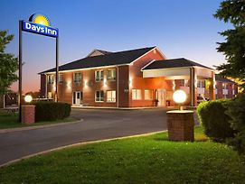Days Inn By Wyndham Stouffville photos Exterior