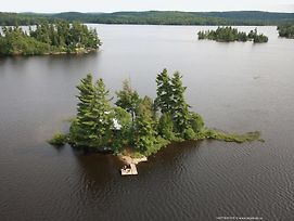 Algonquin Island Retreat photos Exterior