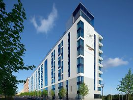 Courtyard By Marriott Stockholm photos Exterior