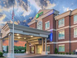 Holiday Inn Express Hotel & Suites Frankfort photos Exterior