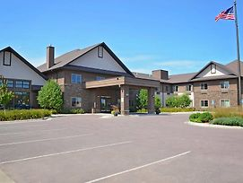 Grandstay Hotel And Suites Luverne photos Exterior