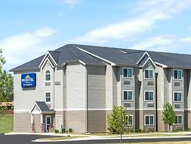 Microtel Inn & Suites By Wyndham Dickinson photos Exterior