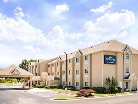Microtel Inn & Suites By Wyndham Claremore photos Exterior