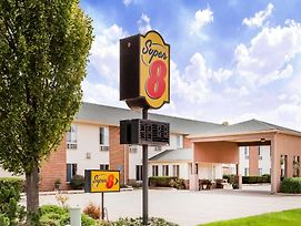 Super 8 By Wyndham Pekin/Peoria Area photos Exterior
