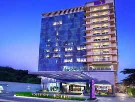 Quest Hotel Darmo - Surabaya By Aston photos Exterior