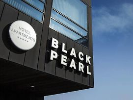 Black Pearl photos Exterior