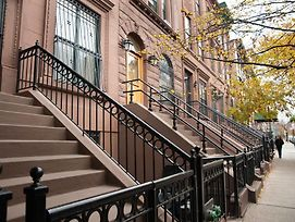 Luxury Suites Upper West Brownstone photos Exterior