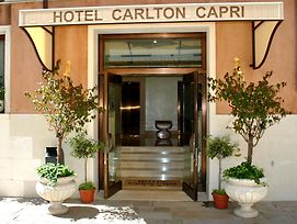 Carlton Capri photos Exterior